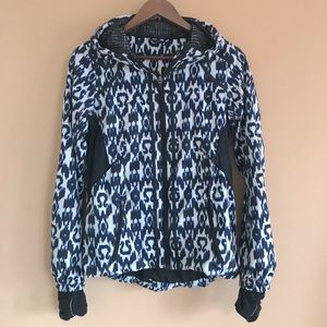 Lululemon Sprinkler jacket in ikat print; size 6